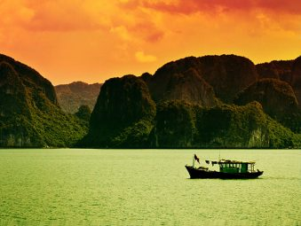 Bai Tu Long Bay - Paradise Cruises - Destinations